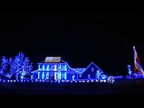 La plus belle illumination de no l 2011 youtube for Decorations noel exterieur maison