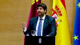 """López Miras urge a """"defender la Constitución"""""""