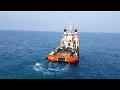 Live in offshore platform : AHT Limin Rosmina Manufer to platform