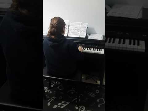 Piyano öğrencimiz duru üçel