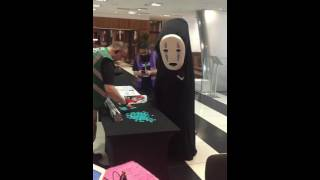 No-Face cashing in at Nine Worlds