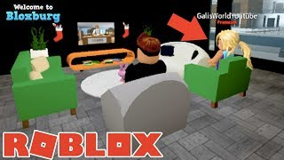 VISITING GALISWORLD'S MANSION! BLOXBURG | ROBLOX GAMING VIDEO | FAMBAM GAMING
