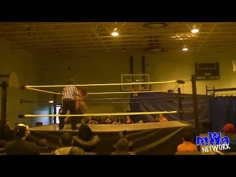 MWO Pro Wrestling Live 2013 - Uncle Hector vs Oops