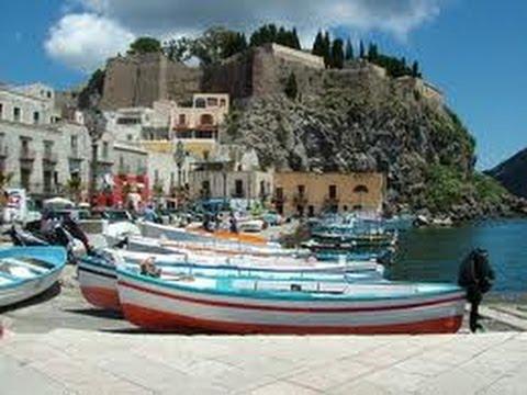 #Sicile iles Eoliennes les paysages de l'ile et ville de #Lipari