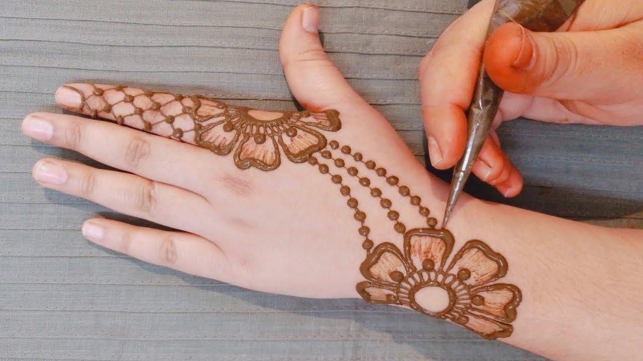 stylish and simple mehndi designs