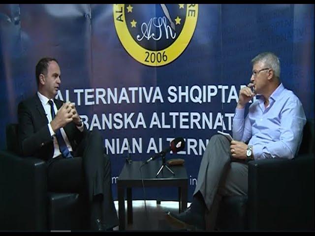 Mozaiku: Intervistë me Nik Gjeloshaj