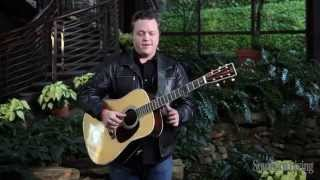 "Jason Isbell Performs ""Alabama Pines"" 