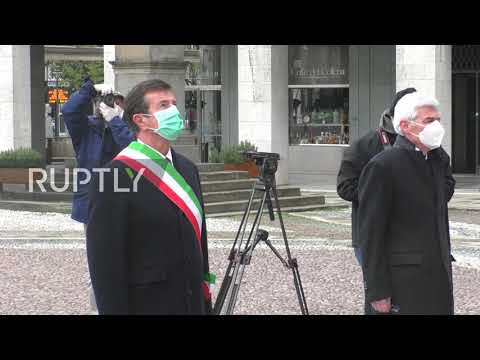 Italy: Bergamo mayor observes moment of silence for coronavirus victims