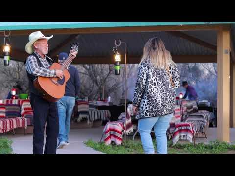 Scottsdale Desert Cowboy Cookoutиз YouTube · Длительность: 1 мин1 с