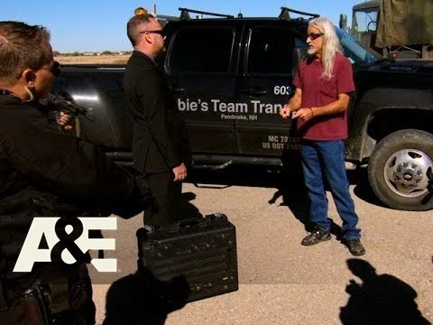 Shipping Wars: Roy Picks Up a Top Secret Package(Season 5, Episode 12) | A&E