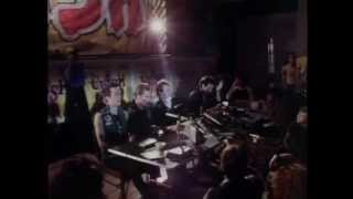 The Clash - London Calling (Bond's, Times Square, NY 9th June 1981) 3 of 3
