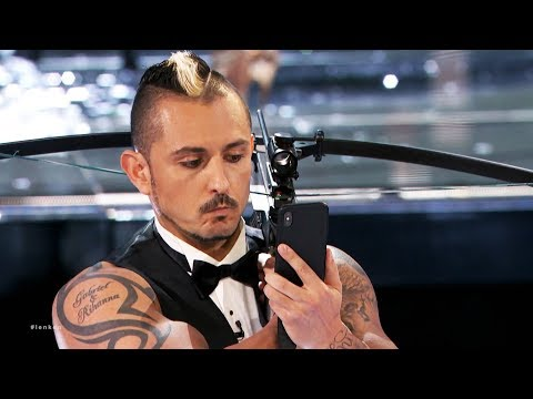 Knife Throwing Actor Get GOLDEN BUZZER From Heidi Perform Their Most Dangerous