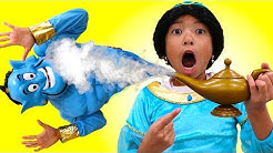 Wendy Pretend Play Jasmine Finding Magic Genie Lamp in Funny Aladdin Movie