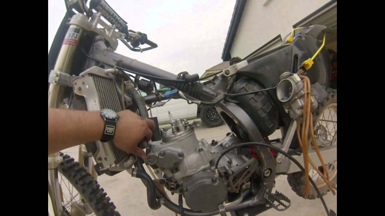 maxresdefault 2000 suzuki rm 250 top end rebuild youtube