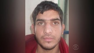 Paris attacker apparently traveled from Syria with refugees