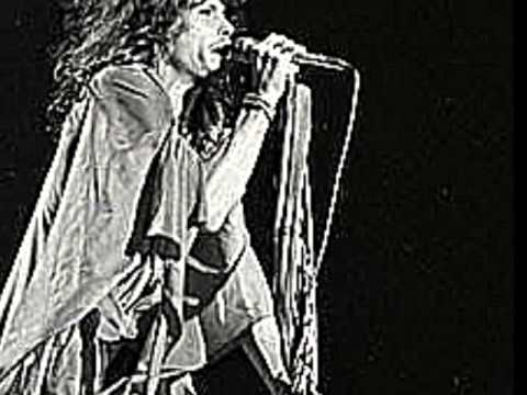 Steven Tyler in Black & White (Aerosmith- The Grind)