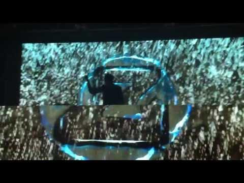 Zedd Live in Mumbai - Alive (Zedd remix) - 02/06/13