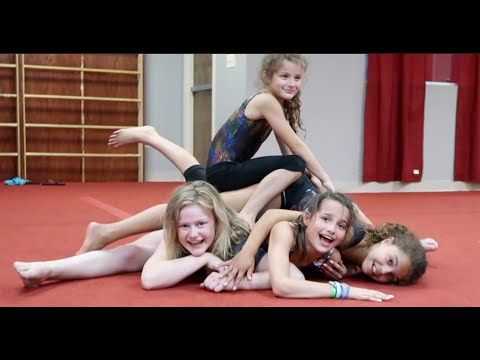 A Pile of People | #FLAIR 2.0 (WK 291.7) | Bratayley