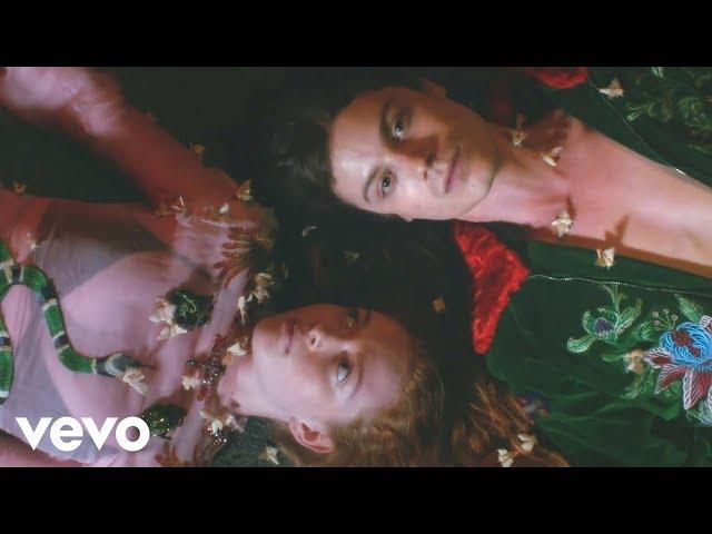 BØRNS - American Money (Official Video)