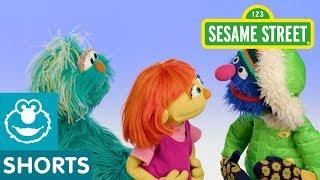 Julia, Rosita, and Grover Play Freeze Dance | #SeeAmazing