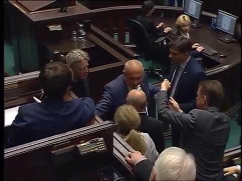 AGRESJA ☠️ FURIACKI atak Mieszkowskiego na Jarosława Kaczyńskiego!