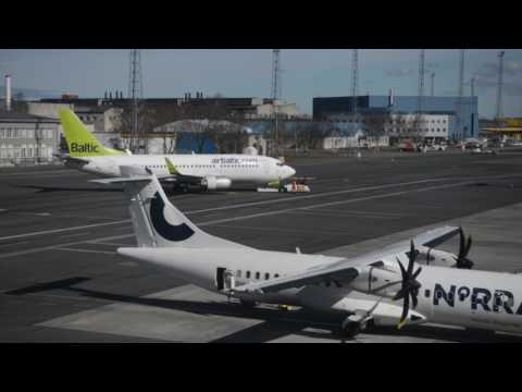 Väliskomisjon Tallinna lennujaamas
