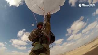 'Прыжок дружбы' российских и египетских десантников