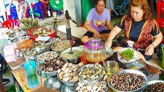Hàng Ốc 12h Trưa vừa mở bán đã đông khách hơn 20 năm ở Sài Gòn