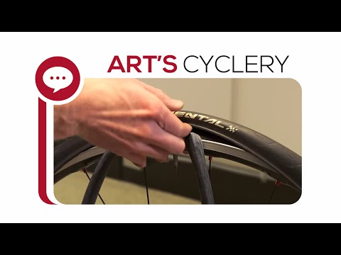 ask-a-mechanic:-changing-a-flat-tire-without-tire-levers