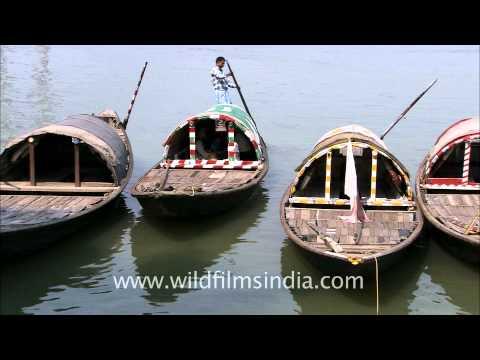 Kolkata country boats