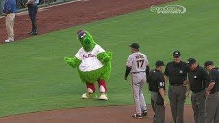 Phanatic urges umps to start game