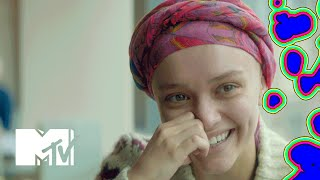 Olivia Cooke & Thomas Mann Talk Head Shaving For 'Me And Earl And The Dying Girl' | MTV News