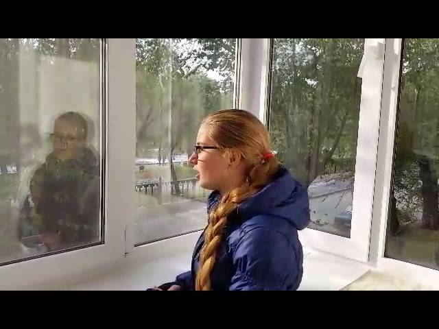 Изображение предпросмотра прочтения – АлисаВласова читает произведение «Весна (Белая роза дышала на тонком стебле…)» В.Я.Брюсова