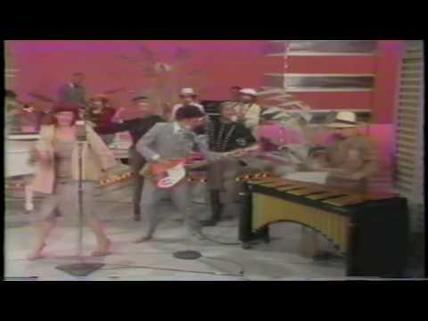 Dinah Shore / Sean Connery present Dr. Buzzard's Original Savannah Band (Cherchez la Femme)