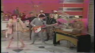 Download lagu Dinah Shore / Sean Connery present Dr. Buzzard's Original Savannah Band (Cherchez la Femme)