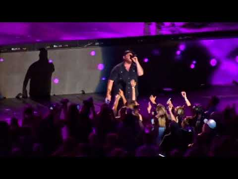 Luke Combs - She Got the Best of Me (CMA Fest 2018)