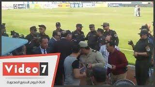 مدير أمن الغربية يتفقد ملعب غزل المحلة استعدادا لمواجهة الأهلى وطنطا