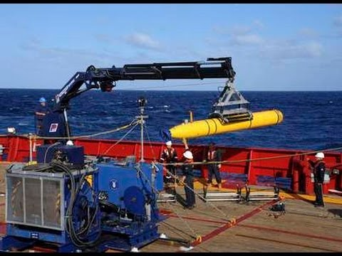 Missing Malaysia Airlines MH370 Search Team: It's Time To Go Underwater