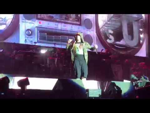 Eminem - Business (Reading Festivale 2017)