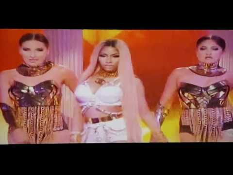 Nicki Minaj LIVE Performance at the 2017 NBA Awards