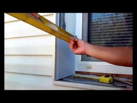 видео: Как сделать откос из пластиковых панелей, когда дом обшит сайдингом