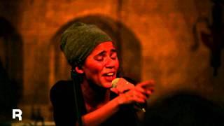 Reebok präsentiert: Nneka LIVE mit Valley
