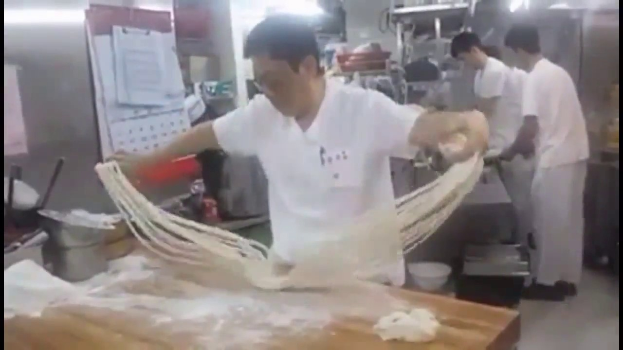 Chinese Noodle made by hand 中國手工拉麵 手作りラーメン - YouTube