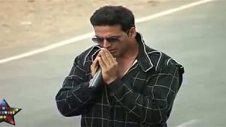 Video Akshay Kumar Performing Live Stunt in Public download MP3, 3GP, MP4, WEBM, AVI, FLV April 2018