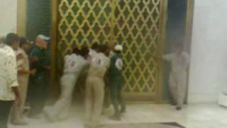 موقف مضحك جدا عاصفة وامطار الرياض 19/05/1431هـ & 03/05/2010م