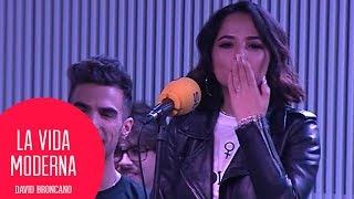 Becky G canta Mayores en acústico y sin censura #LaVidaModerna