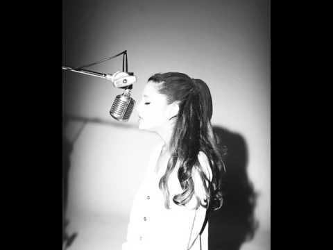 Ariana Grande Gif(3)
