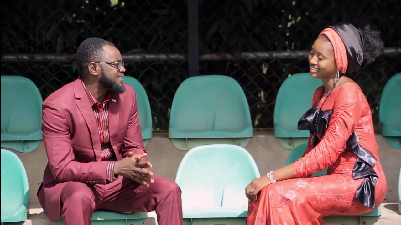 Download Adam A Zango & Momee Gombe - Zuciya Ce (Official HD Video)