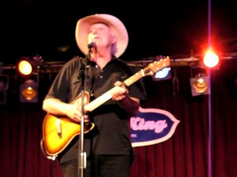 Jerry Jeff Walker Up Against the Wall Redneck Mother 8-16-10 BB Kings Blues Club NYC mp3