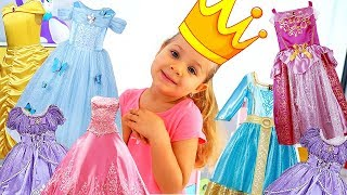 Diana brinca com uma Carruagem de Princesa
